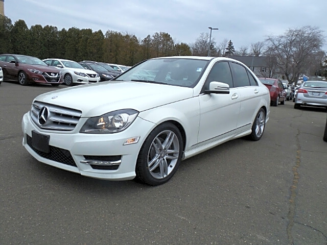 Bargain news connecticut free ads for used cars and for Mercedes benz fairfield ct service center